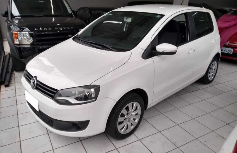 Volkswagen Fox 1.0 Mi 8v - Foto #3