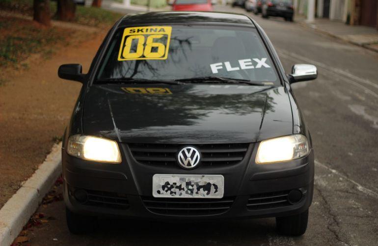 Volkswagen Gol 1.0 Mi 8v - Foto #2
