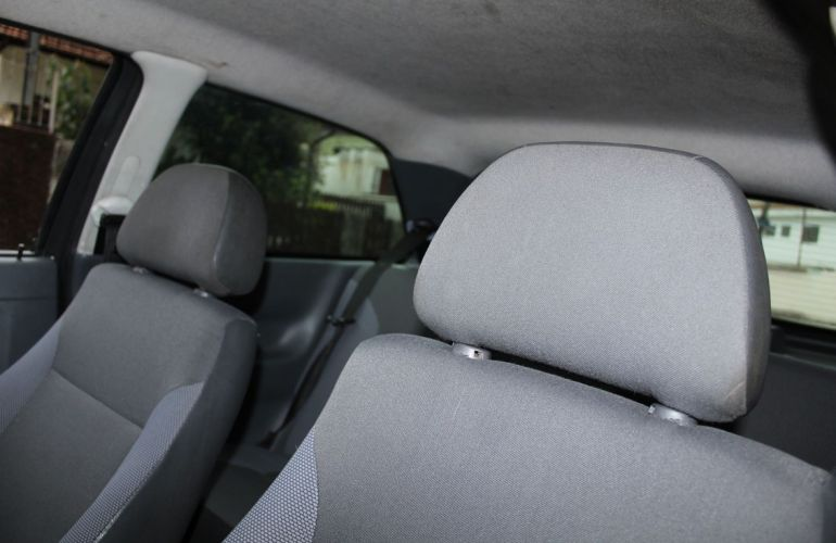 Volkswagen Gol 1.0 Mi 8v - Foto #5