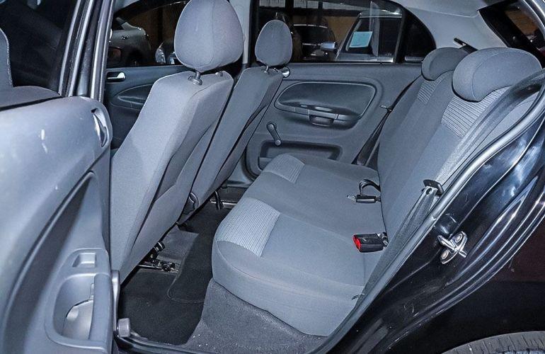 Volkswagen Gol 1.0 Mi 8V G.v - Foto #8