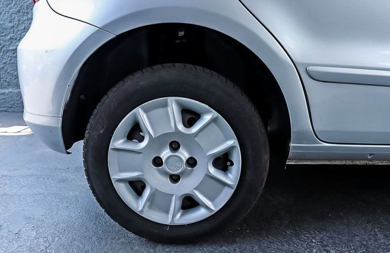 Volkswagen Gol 1.0 Mi Trend 8v - Foto #8