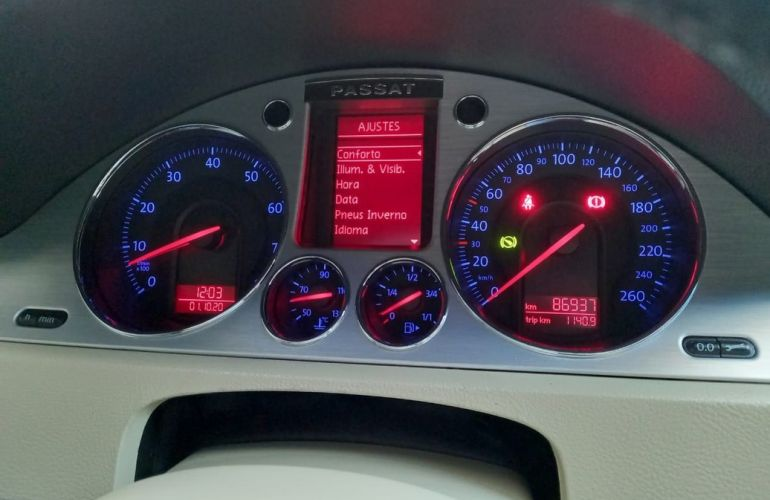 Volkswagen Passat Variant 3.2 Fsi 4x4 V6 24v - Foto #5