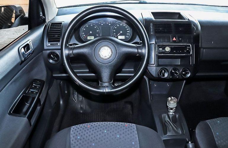 Volkswagen Polo 1.6 Mi 8v - Foto #6