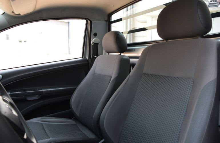Volkswagen Saveiro 1.6 Msi Robust CS 8v - Foto #9