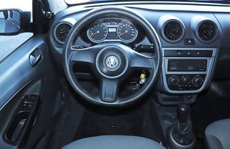 Volkswagen Voyage 1.0 Mi 8v - Foto #6