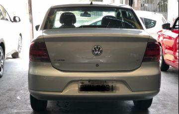 Volkswagen Voyage 1.6 Mi 8v - Foto #8