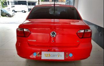 Volkswagen Voyage 1.6 Mi 8v - Foto #5