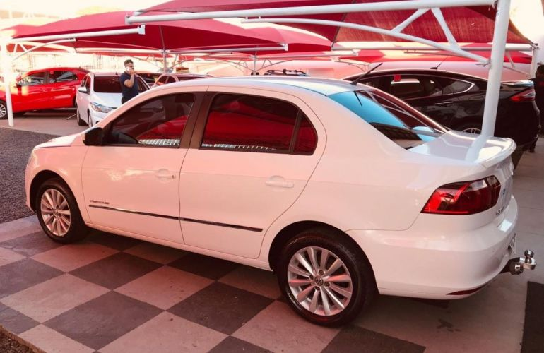 Volkswagen Voyage 1.0 Mi Comfortline 8v - Foto #4