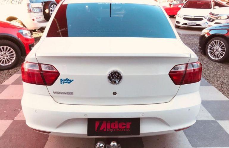 Volkswagen Voyage 1.0 Mi Comfortline 8v - Foto #5