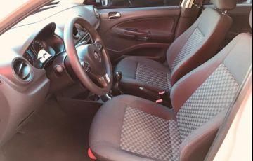 Volkswagen Voyage 1.0 Mi Comfortline 8v - Foto #9