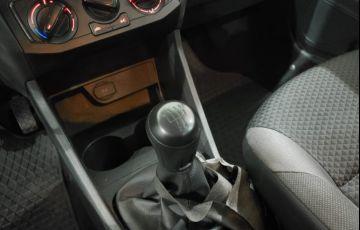 Volkswagen Voyage 1.0 12v MPi Total Comfortline - Foto #2