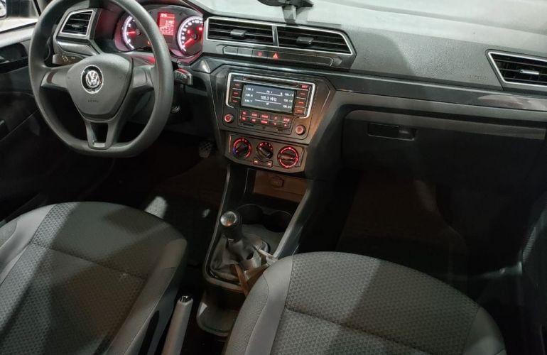 Volkswagen Voyage 1.0 12v MPi Total Comfortline - Foto #4
