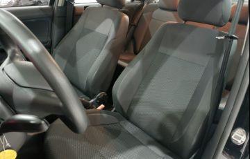 Volkswagen Voyage 1.0 12v MPi Total Comfortline - Foto #8