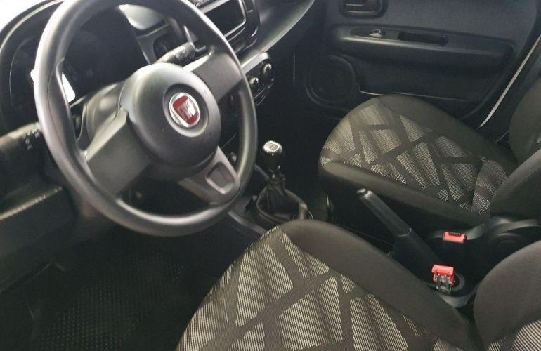 Fiat Mobi 1.0 8V Evo Like - Foto #4