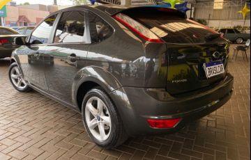 Ford Focus Hatch GLX 2.0 16V (Aut) - Foto #4