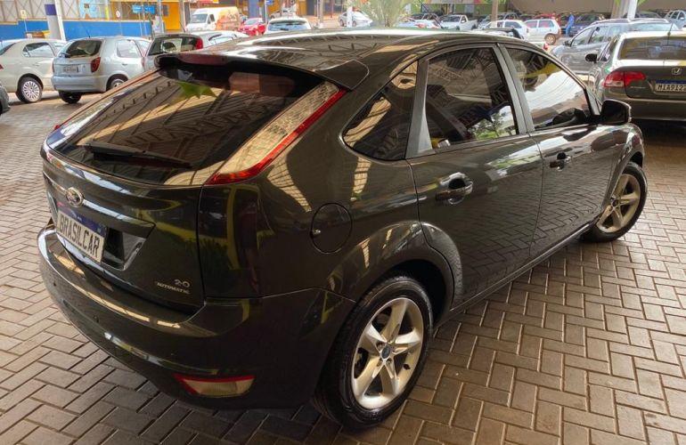 Ford Focus Hatch GLX 2.0 16V (Aut) - Foto #6