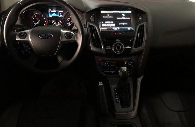 Ford Focus 2.0 Titanium Plus 16v - Foto #7