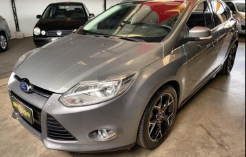 Ford Focus Hatch Titanium 2.0 PowerShift - Foto #1