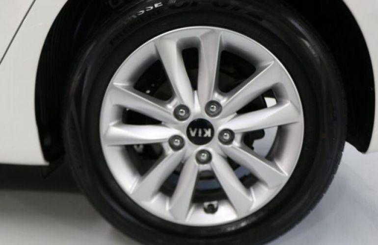 Kia Cerato SX3 1.6 16V - Foto #10