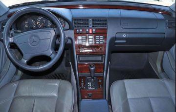 Mercedes-Benz C 280 2.8 Elegance V6 - Foto #5