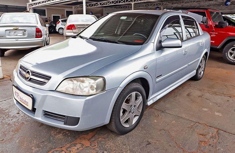 Chevrolet Astra 2.0 MPFi Advantage Sedan 8v - Foto #3