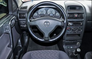 Chevrolet Astra 2.0 MPFi Advantage Sedan 8v - Foto #6