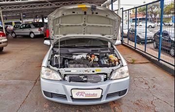 Chevrolet Astra 2.0 MPFi Advantage Sedan 8v - Foto #8