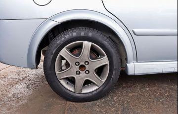 Chevrolet Astra 2.0 MPFi Advantage Sedan 8v - Foto #9