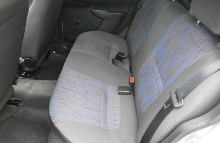 Nissan March 1.6 SV 16V Flexstart - Foto #8