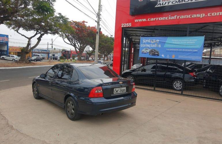 Chevrolet Vectra 2.2 MPFi GL Milenium 8v - Foto #3