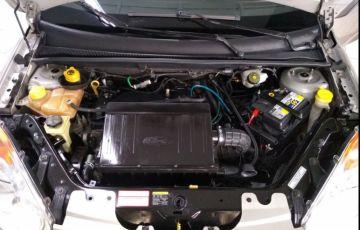 Ford Fiesta 1.0 MPi Class Hatch 8v - Foto #9
