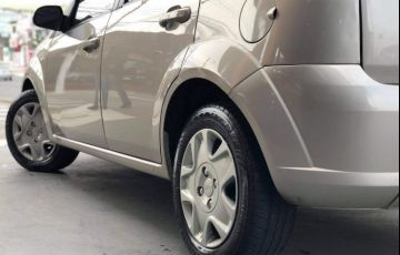 Ford Fiesta 1.6 Rocam Hatch 8v - Foto #5