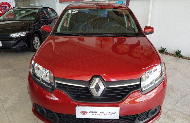 Renault Sandero 1.0 Expression 16v - Foto #2