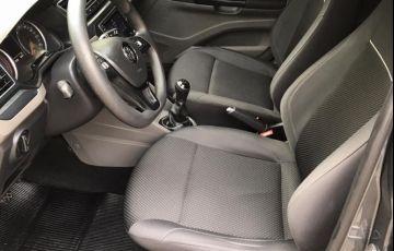Volkswagen Voyage 1.6 Msi Total Comfortline - Foto #10