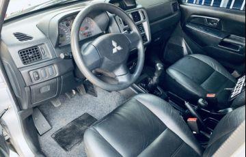 Mitsubishi Pajero TR4 2.0 16V (Flex) - Foto #6