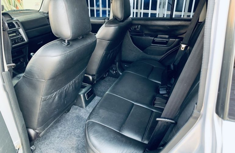 Mitsubishi Pajero TR4 2.0 16V (Flex) - Foto #8