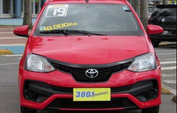 Toyota Etios 1.3 X 16v - Foto #3