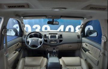 Toyota Hilux SW4 3.0 TDI 4x4 SRV 5L - Foto #2