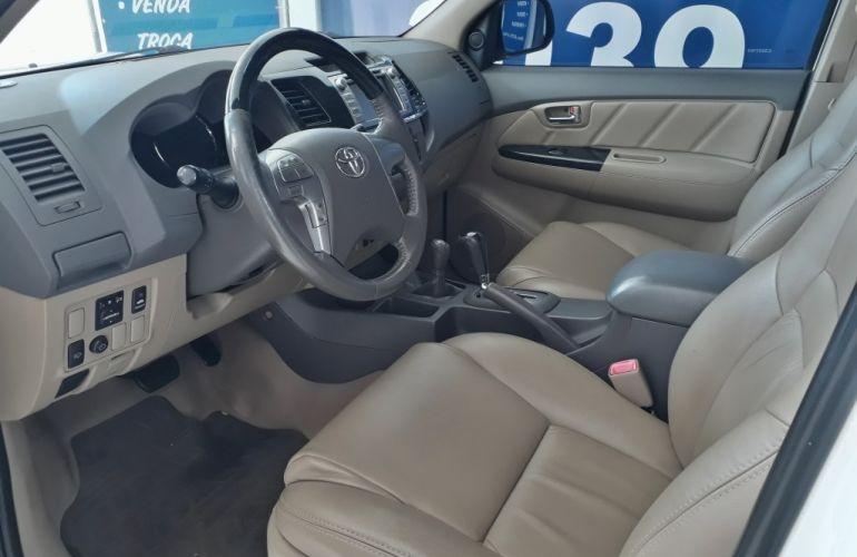 Toyota Hilux SW4 3.0 TDI 4x4 SRV 5L - Foto #10