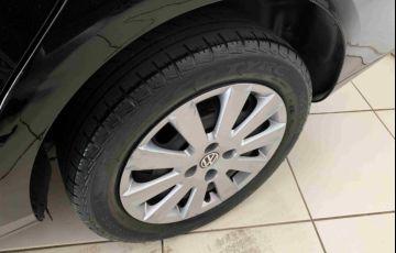 Volkswagen Voyage 1.6 VHT Comfortline - Foto #10
