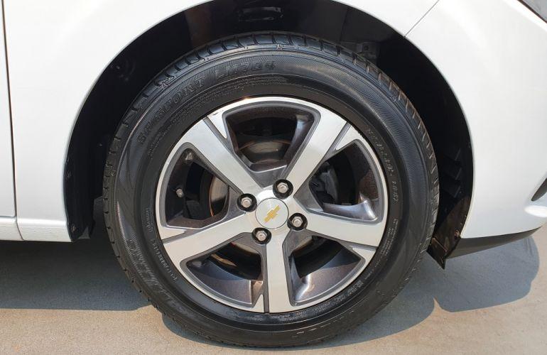 Chevrolet Onix 1.0 Joy SPE/4 - Foto #7