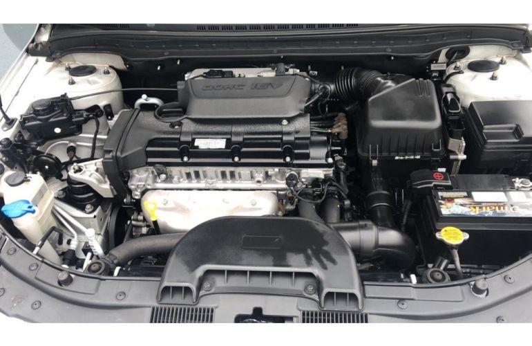 Hyundai i30 GLS 2.0 16V - Foto #10
