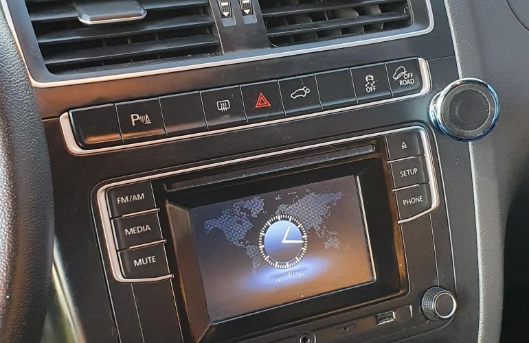 Volkswagen CrossFox 1.6 16v MSI I-Motion (Flex) - Foto #9