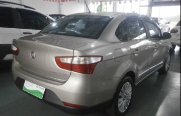 Fiat Grand Siena Essence 1.6 16V (Flex) - Foto #6