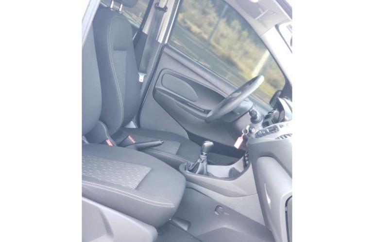 Ford Ka 1.5 SE (Flex) - Foto #2