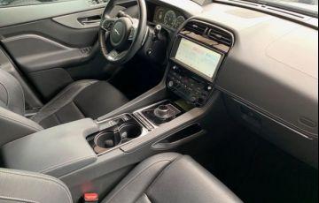 Jaguar F-Pace S AWD 3.0 V6  Supercharged 380 cv - Foto #8