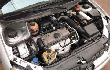 Peugeot 206 Hatch. Sensation 1.4 8V (flex) - Foto #9