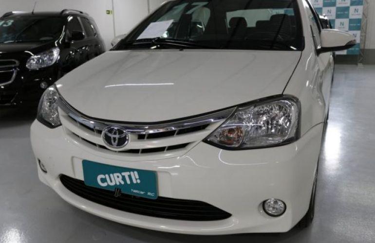 Toyota Etios Sedan XLS 1.5 16V Flex - Foto #1