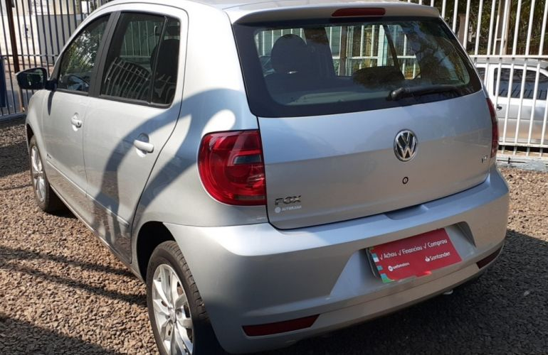 Volkswagen Fox 1.6 8V (Flex) - Foto #7