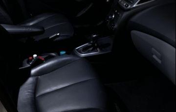 Hyundai HB20S 1.6 Comfort Style (Aut) - Foto #4